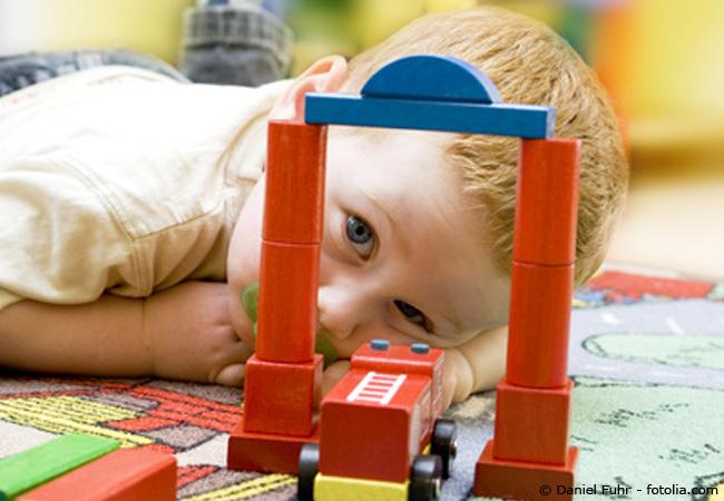 Mithilfe einer guten Checkliste, kann man ganz einfach seine Wohnung babysicher machen.