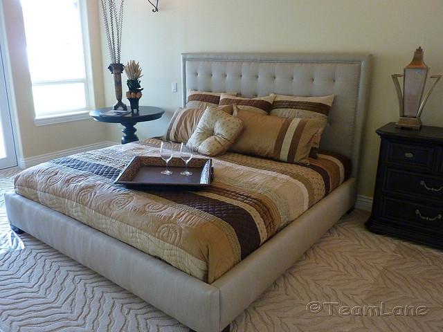 was ist ein boxspringbett wohnen hausxxl wohnen. Black Bedroom Furniture Sets. Home Design Ideas