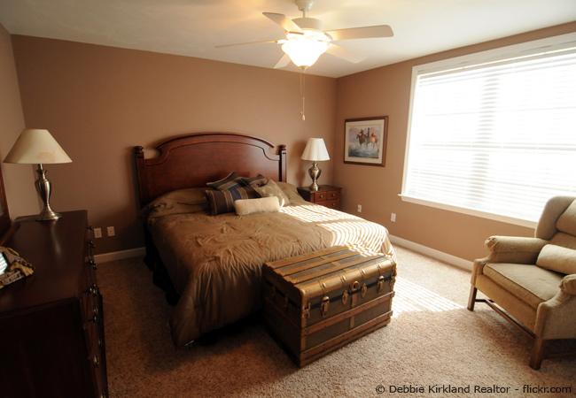 Welche Wandfarbe im Schlafzimmer streichen? - Wohnen  HausXXL  Wohnen  HausXXL
