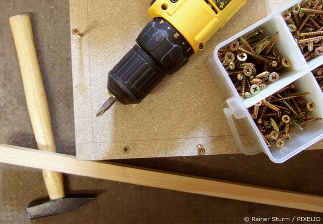 Sehr Regal selber bauen – Klassisches und einfaches Bücherregal YI06
