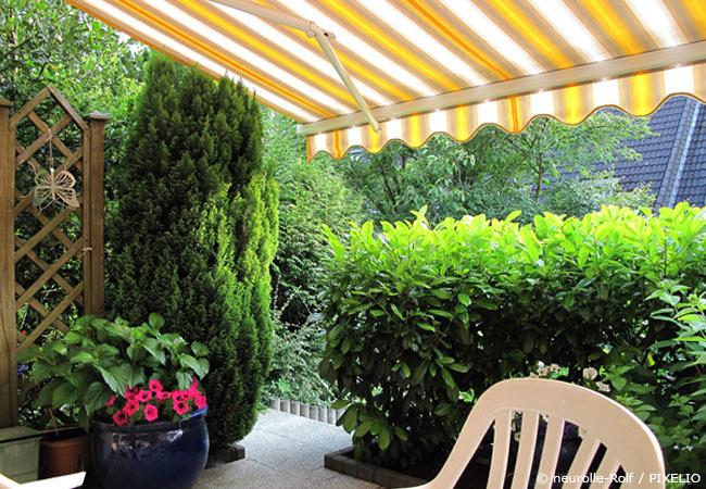 Sonnenschutzmarkise für die Terrasse