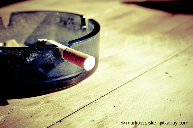 Egal ob Raucher oder Nichtraucher: Das geht den Vermieter nichts an!