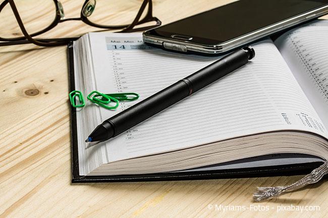 Planen Sie den Termin für Ihren Umzug möglichst weit im Voraus und beantragen Sie rechtzeitig Urlaub