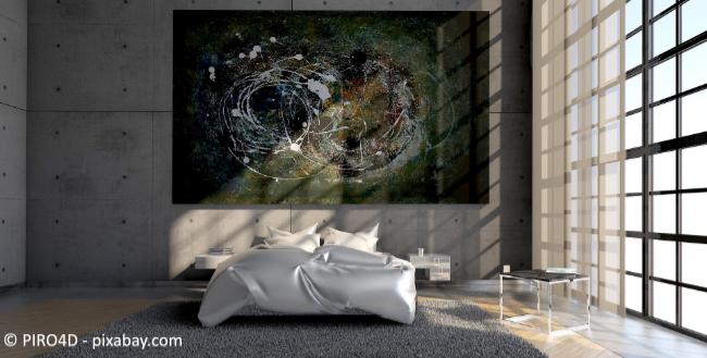 Künstlerische Elemente können im Schlafzimmer sehr beruhigend wirken