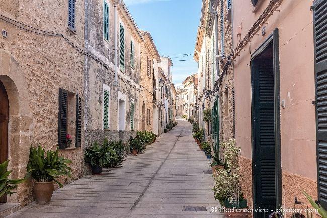 Wenn Sie eine Immobilie auf Mallorca erwerben wollen, sollten Sie die Rechtslage beachten, denn es gilt spanisches Recht