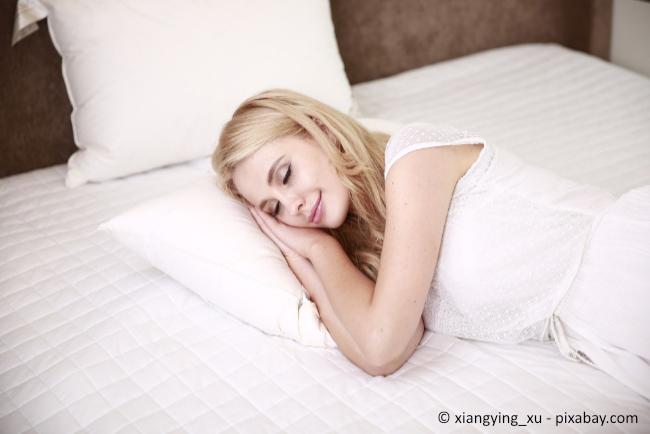 Die richtige Matratze ist auf Dauer entscheidend für einen gesunden Schlaf