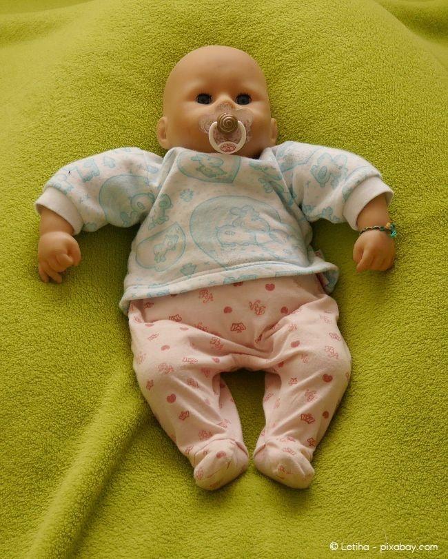 Diese Puppe der neuen Generation kann schlafen, auf Berührungen reagieren und vieles mehr.