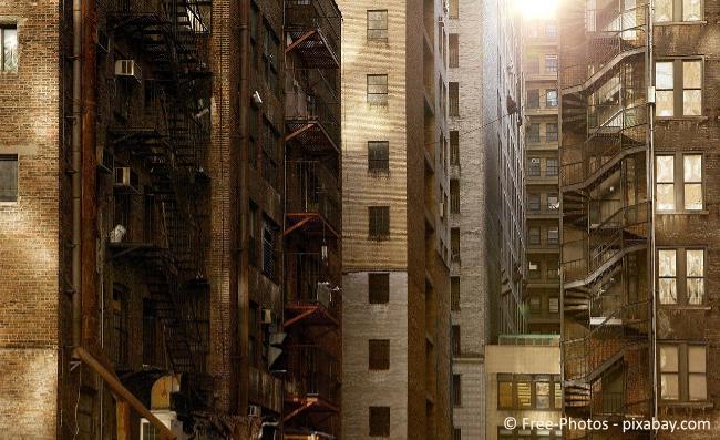 Wohnraum wird immer knapper, daher ist ein Platzen der Immobilien-Blase derzeit noch nicht in Sicht.