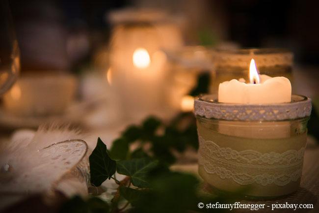 Kerzen sorgen besonders im Winter für viel Gemütlichkeit.