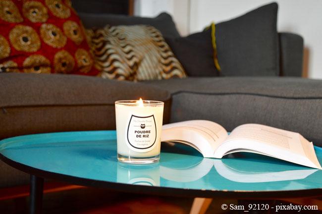 Mit den passenden Kerzen holen Sie sich den Duft des Frühlings ganz einfach nach Hause.